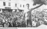 Podium de Thièrry Dupuy course Bordeaux-Saintes 1990 (photo Sud Ouest)