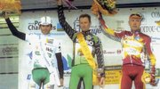 Podium course Bordeaux-Saintes 2002 (Photo JPB)