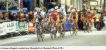Echappée course Bordeaux Saintes cycliste 2002 (photo JPB)