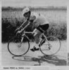 Patrick Friou course Bordeaux-Saintes cycliste 1974 (photo Sud-Ouest)