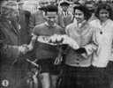 podium Maurice Nauleau course Bordeaux-Saintes 1954 (photo Sud-Ouest)